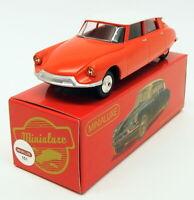 Minialuxe 1/43 Scale Diecast Model Car 151 - Citroen DS 19 - Red/White