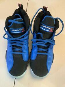 Nike Air Team Jordan Shoes Youth 6.5 Worn Once Blue / Black