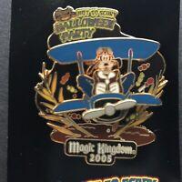 WDW - MNSSHP 2005 Barnstormer Goofy Propeller Spins LE 2000 Disney Pin 42172