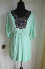 Modcloth Mint dress Boho w/ embroidered Neck fitted waist bat sleeves Sz S