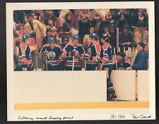 MARCH 30 1981 WAYNE GRETZKY OILERS BREAKS POINTS RECORD WIRE PRESS PHOTO CONGRAT