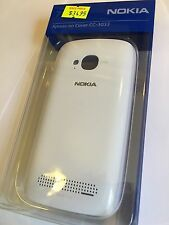 Nokia Lumia 710 Xpress-on Cover in White CC-3033 Brand New in Original packaging