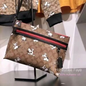 NWT Coach X Peanuts Carryall Pouch In Signature Canvas With Snoopy Print 5734