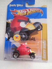 HOTWHEELS 2012 HW PREMIER ANGRY BIRDS (RED BIRD) NEW P CASE