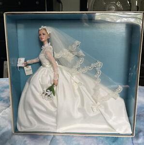 BARBIE Grace Kelly The BRIDE Silkstone Doll MNRFB Gold Label T7942 2011