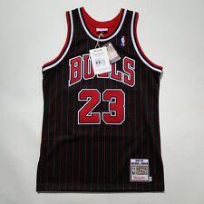 100% Authentic Michael Jordan Mitchell & Ness Pinstripe 95 96 Bulls Jersey 40 M