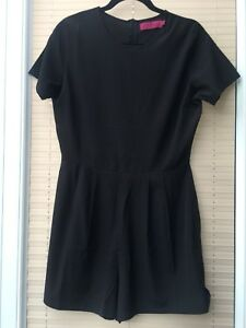 BOOHOO BLACK FITTED PLAYSUIT SIZE 12