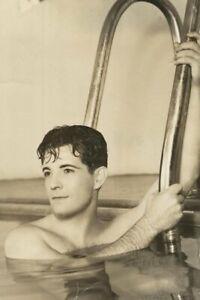 POSTCARD Print / Ramon Novarro in pool