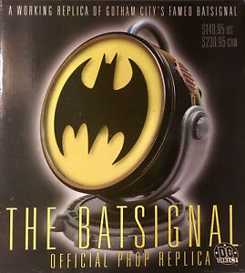 2001 DC COMICS / DC DIRECT BATMAN BATSIGNAL BAT-SIGNAL PROP REPLICA LIGHTS UP
