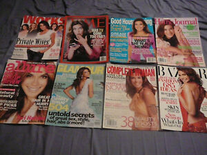 TERI HATCHER & DESPERATE HOUSEWIVES COVERS CLIPPINGS LOT