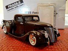 DANBURY MINT 1935 FORD CUSTOM ROD PICKUP..1:24..NIB..UNDISPLAYED..PERFECT