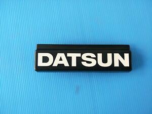New Genuine DATSUN BLUEBIRD SSS 810 / 910 grille Badge/Emblem.