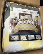 Stylish Yellow Grey Chevron Bed in a Bag 8-Piece Bedding Comforter Set, Queen