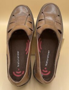 Naturalizer Brown Leather Sandal Flats LoaferShoes Size 6.5M