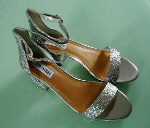 Steve Madden ~ Silver Sequins ~ 6 cms Block Heel Shoes ~ Size 5.5