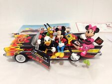 DISNEY World Micky classico 57 Chevy MOUSE Bel Air Statuette in porcellana
