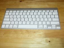 Apple Wireless Bluetooth Keyboard A1314 Slim Aluminum  MC184LL/B AA