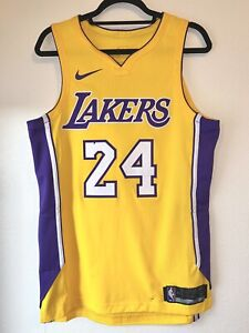 Kobe Bryant Nike Authentic jersey size 44 M Los Angeles LA Lakers NBA Yellow