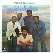 STYLISTICS - Sun & Soul - Excellent Condition LP Record H&L 9109 014