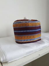 NUOVO AFRICANO FATTO a MANO Tradizionale HAUSA kanuri Fulani Cappelli Taglia 22 Pollici & Metà
