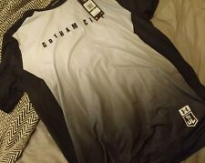 Under Armour Mens Large Gotham City Shirt Justice Leauge Batman Rare L