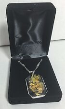 """New Ladies falling leaves pendant  with 18"""" necklace in a velvet gift box"""