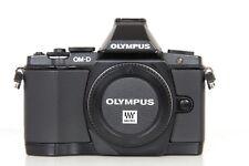 OLYMPUS OM-D E-M5 CORPO - SCATTI 37.009 - OTTIMO STATO GENERALE