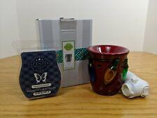 New In Box Holiday Lights Scentsy Mini Warmer Plug w/ Homestead Holiday Bar (A5)
