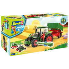 Revell Junior Kit Tractor, Trailer & Figure (Level 1) (Scale 1:20) - 00817 - NEW