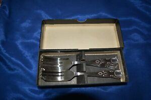 Vintage set of Viners Kings Royale cake forks (6) in box.