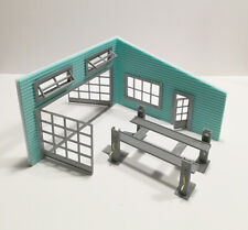 Big Garage with car lifter - Diorama Model in Scale 1:43 Unpainted NEW