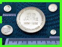 alte DDR Medaille 1959-1989 Bernard Koenen Oberschule Sangerhausen 30 Jahre alt´