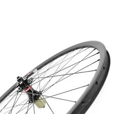 26 inch 24mm width Carbon wheelset for mountain bike tubeless compatible novatec