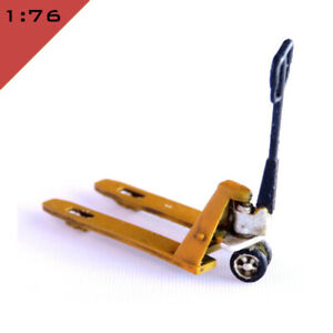 1x 3D printed HAND PALLET TRUCK 1:76, OO Model Miniature Scenery Layout