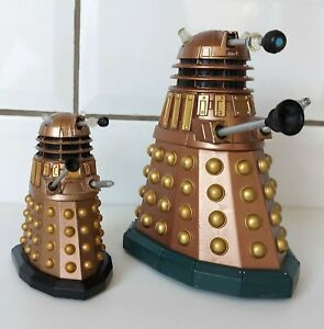 """Doctor Who Bronze Gold Dalek 5"""" Action Figure Character Options 2005 + 3"""" Model"""
