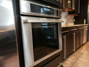 Thermador M301ES/06 30-Inch Wall OvenMasterpiece Series