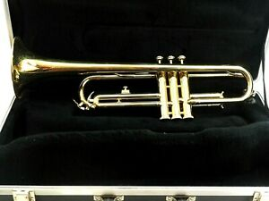 Blessing B-125 Trumpet with Hard Case