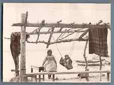 Grèce, Enfants des îles Vintage citrate print. Vintage Greece.  Tirage citrate