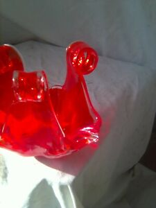 Small red glass bowl      Pick up or post reference 42