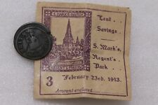 USA COLONIAL EVASION 1713 FARTHING OFF CENTRE WITH OLD 1913 TICKET PRICE B29ZN46