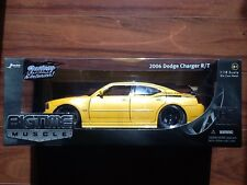 JADA  1/18 DIE CAST YELLOW  2006 DODGE CHARGER R/T  # 90792  FACTORY SEALED
