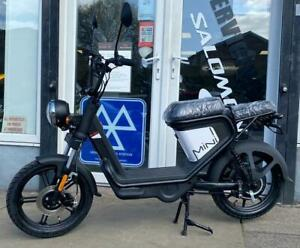 KEEWAY E-ZI ELECTRIC SCOOTER MOPED RIDE AT 16 YEARS OLD
