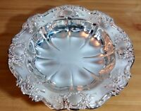 VINTAGE. TOWLE SILVER PLATE EMBOSSED ROSE & SCALLOP DISH TRAY BOWL 11""