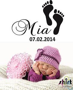 WT 670 - Name Datum Fuß Wandtattoo Wandaufkleber Kinderzimmer Baby Türaufkleber
