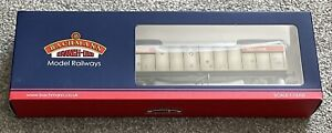 Bachmann VGA Van Wagon In BR Railfreight Livery (Weathered) 37-610B Lot 2