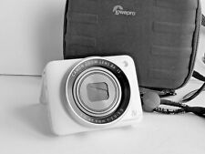Canon PowerShot N2 16.1MP Digital Camera - White with SD card and Lowepro case