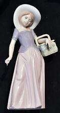"""Ladro # 6489 1997 Event Figurine 7-3/4"""" Porcelain Girl Basket"""