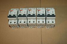 1 disjoncteur Merlin Gerin 32A Ampéres 2P  réf 24205 pour tableau électrique