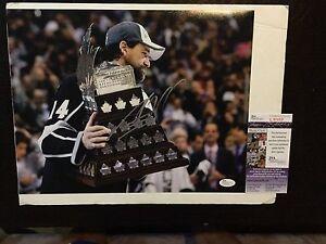 Justin Williams Signed LA Los Angeles Kings 11x14 Photo JSA COA Autographed a