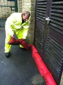 Hydrosnake The Instant Sandbag Emergency Flood Barrier 2 x  In The Packet